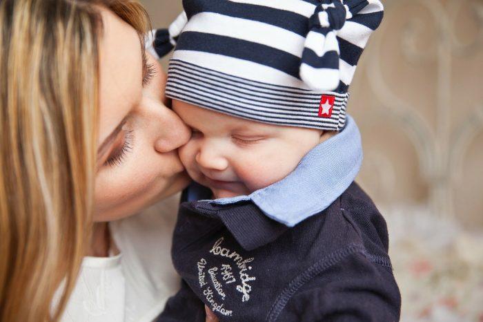 Fare un figlio ti cambia anche il cervello: la ricerca